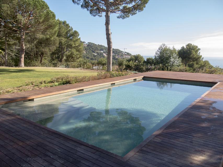 Piscines borrell dise o y construcci n de piscinas en la costa brava - Coste construccion piscina ...