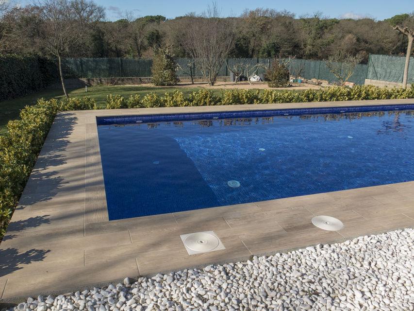 dise o y construcci n de una piscina en fornells de la