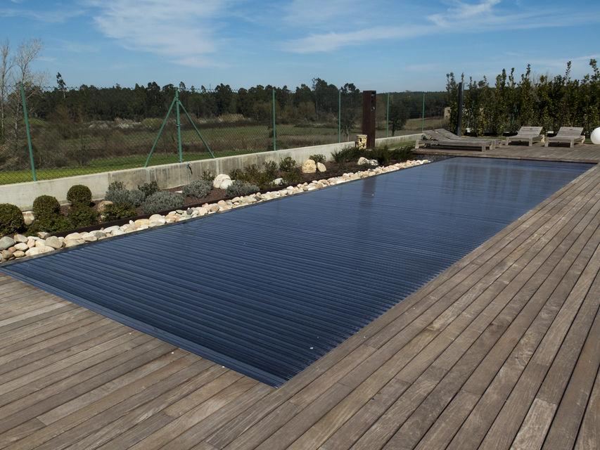 Dise o construcci n e instalaci n de piscinas desbordantes - Coste construccion piscina ...