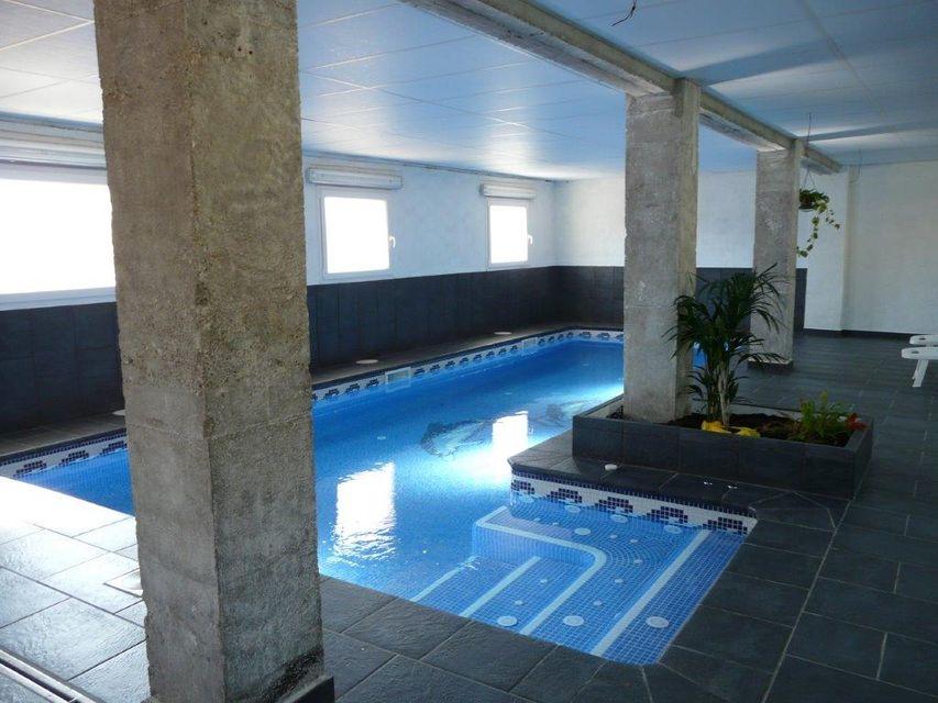 Piscines borrell construcci n e instalaci n de piscinas - Piscina devesa girona ...